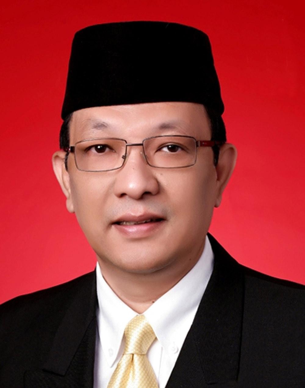 prof. dr. h. dailami firdaus