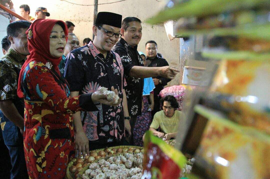 Bang Dailami Mengunjungi Pasar Klender